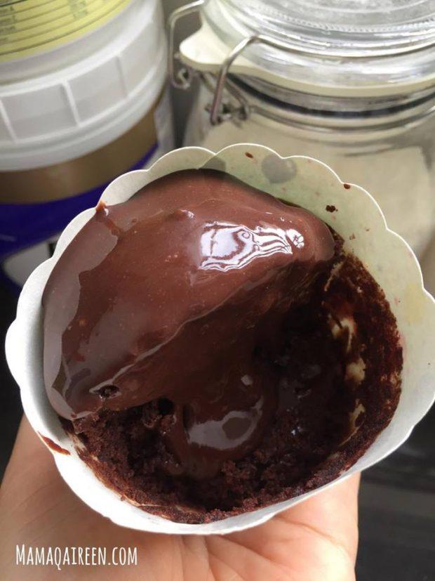 Kek-Coklat-Kukus-Sedap-Guna-Blender 6